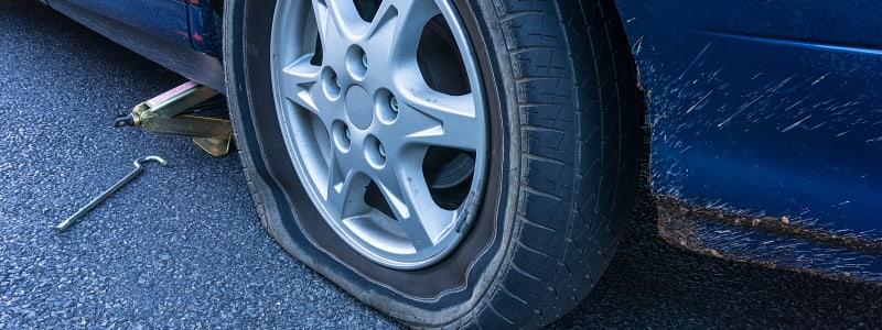 Какие повреждения шин можно устранить самому, а какие – нет?