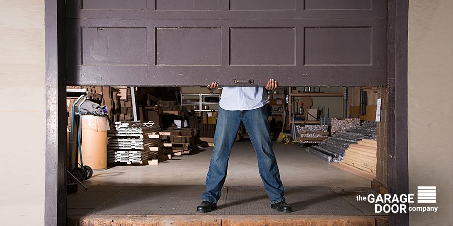 Как организовать удобное хранение инструментов в гараже или дома?