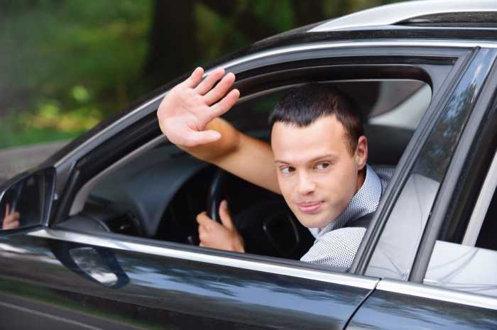 Топ-10 неписаных правил водительского этикета, о которых не расскажут в автошколе